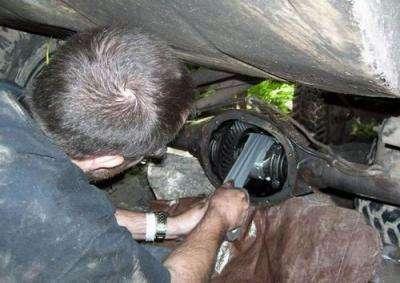 99 World\'s Worst Mechanic.jpg